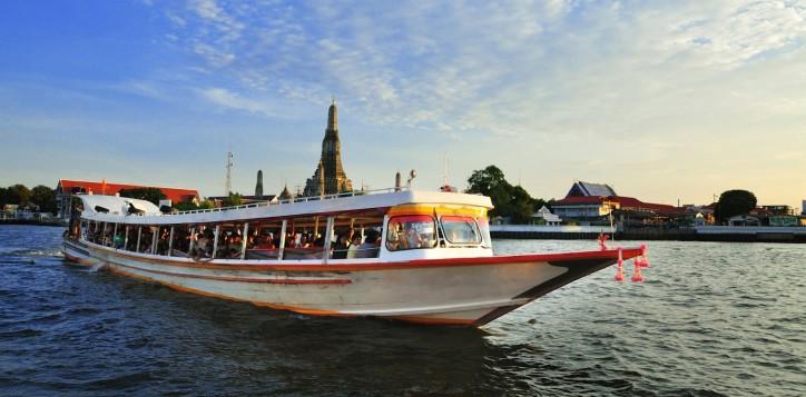 novotel-bangkok-fenix-silom-transportation-chaopraya-express-boat-2