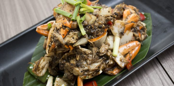 whack-a-crab-dinner-buffet-novotel-bangkok-silom-5-2
