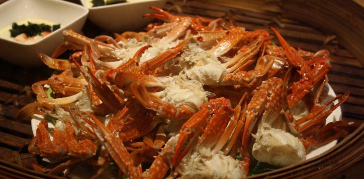 whack-a-crab-dinner-buffet-novotel-bangkok-silom-2