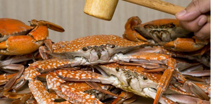 whack-a-crab-dinner-buffet-novotel-bangkok-silom2-2