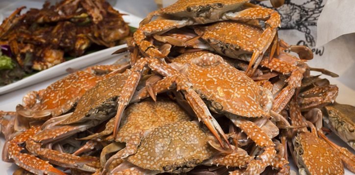 crab-n-crew0301-2
