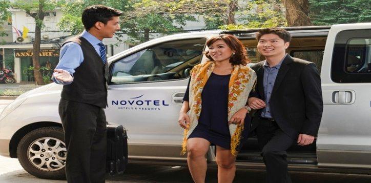novotel-bangkok-fenix-silom-free-service-shuttle-van-resized-2