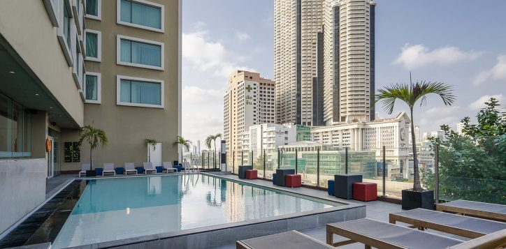 novotel-bangkok-fenix-silom-swimming-pool-2-2-2