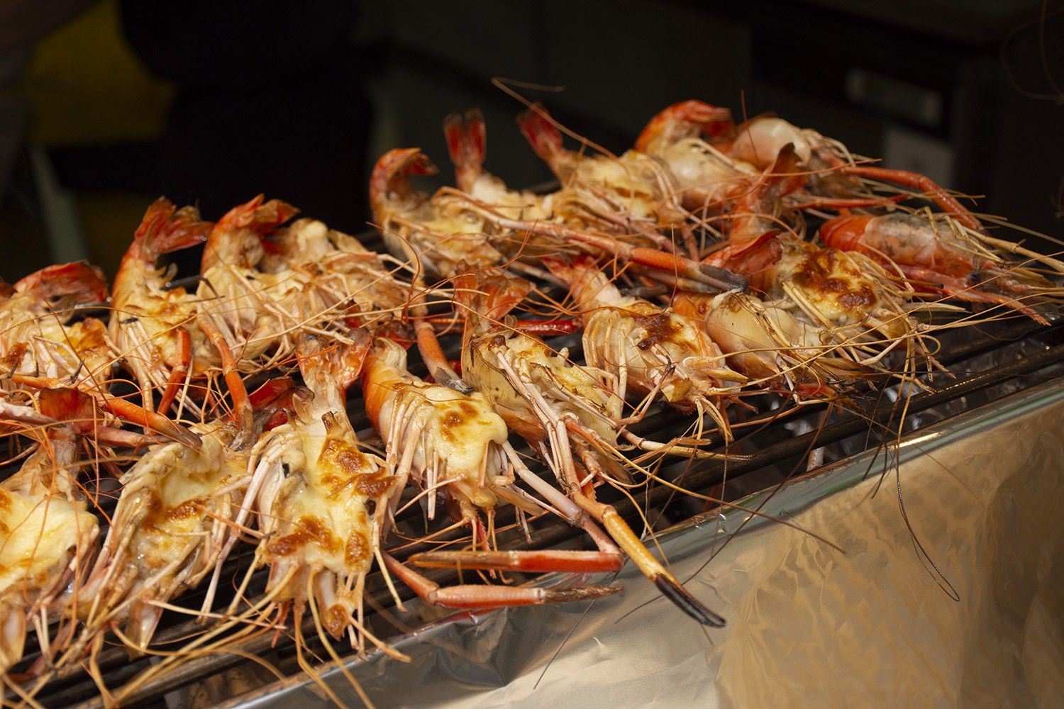 Grilled river prawn buffet